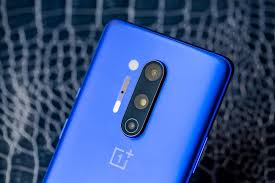 Review: <b>OnePlus 8 Pro</b> is an excellent phone, but dang, it's pricey ...