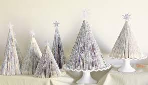 DIY Magazine Christmas Trees   ZansuCreations
