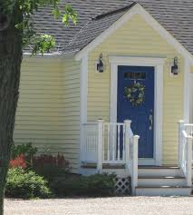 Grabbing Attention At The Front Door: How To Pick A Door Color  Pinterest