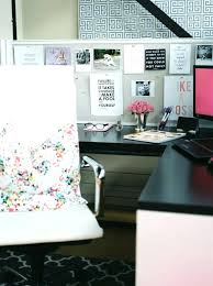 ideas for decorating office cubicle. Plain For Office Cubicle Decor Best Cube Ideas On  Work Desk Decorate On Ideas For Decorating Office Cubicle O