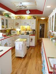 red-and-yellow-vintage-kitchen (This is the