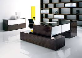 Modern Executive Office Table Design  0