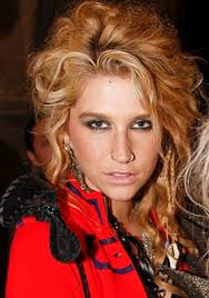 Kesha 2010 Chart Topper Ke Ha Uses Her Tik Tok Skills For Watch Design Her World
