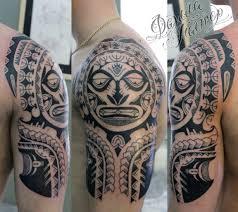 мужская татуировка на руке в стиле полинезия тату фото пример