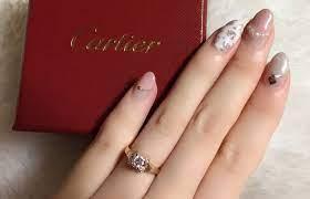 カルティエ 婚約 指輪