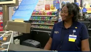 Walmart Warner Robins Walmart Cashiers Act Of Kindness Goes Viral