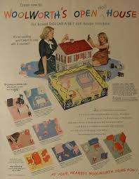I Couldn\u0027t Resist This Vintage Colonial Dollhouse from the \u002740s ...