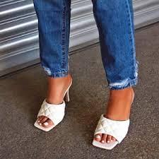 <b>Women's Slippers</b>, <b>Fashion</b> Designer Women's Slippers, Best ...