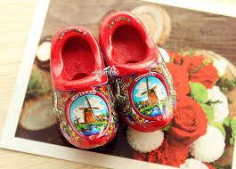 2x2 netherlands holland dutch wooden shoes tourist travel souvenir fridge magnet red