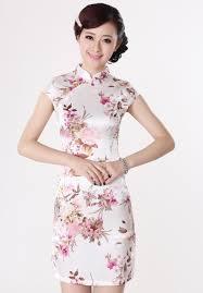 ชุดกี่เพ้าตรุษจีนสีขาวดอกซากุระ สวยงาม Q-8 – www.c2alldress.com