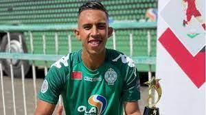 سفيان رحيمي يودع الرجاء المغربي برسالة مؤثرة