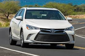 2017 Toyota Camry Price and Features