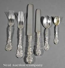 wallace silversmiths traces its origins returning to robert wallace who made 1st nickel spoon in america in 1835 he when supplied horace wil