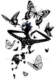 モノクロトーンで飛ぶ蝶と頭に花の女性02237012492の写真素材