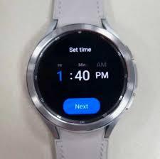 Samsung Galaxy Watch4 Classic Design in ...
