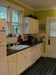 Green And White Kitchen White Kitchen Cabinets Green Walls Quicuacom