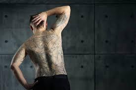 Doktoři Varují Neblahé Následky Tetování Se Mohou Dostavit I Po