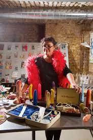 """Ingrid Mack – Erotikshop-Inhaberin """"Ich kann einfach nicht loslassen"""" -  Design & Interieur - derStandard.at › Lifestyle"""