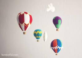 felt hot air balloon mobile 01