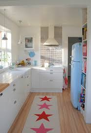 kitchen rugs and runners red star