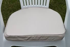 d pad cushion for plastic garden chair