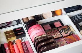 DIY Drawer Dividers For Makeup Storage - Nouvelle Daily | Nouvelle Daily