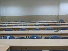 תמונות של כיתות בחינה פסיכומטרית - אוניברסיטת בן גוריון - בניין 90 - חדר  136 - הכנה לפסיכומטרי