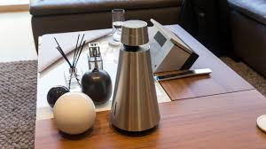 bang and olufsen beosound 1. bang \u0026 olufsen beosound 1 review - hands-on and
