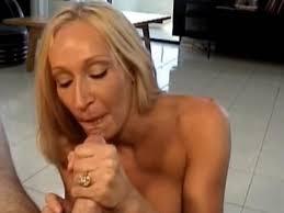 Mature women blow jobs and cumshots