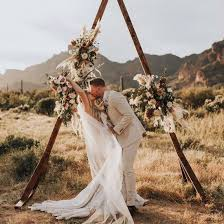 Elegant Diy Wedding Arch Ideas Every Bride Will Love Sorry The Thesorrygirls Decor Drapes Wood Photobooth Photoshoot Summer Flower Girls Arbor Floral Wall Archway