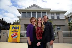Ms Mega Home Lottery Winner Sees Hillarys House For First