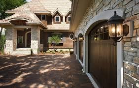 ideal garage doorKnow Your Options Before Choosing The Ideal Garage Door