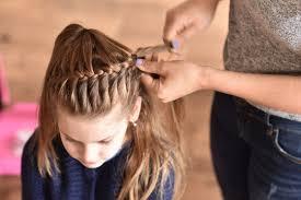 中学生向けピアノ発表会におすすめの髪型5選簡単にできるコツ