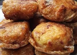 Untuk kamu yang ingin menikmati perkedel kentang enak ala rumahan, sekarang kamu bisa membuat perkedel kentang rumahan milikmu sendiri dengan mudah, simpel, dan praktis. Resep Perkedel Kentang Kornet Ekonomis