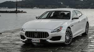 Maserati Quattroporte GTS (2016) review by CAR Magazine