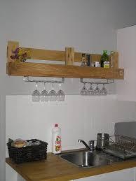creative pallet kitchen shelves ideas