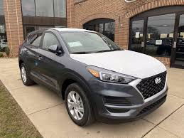 See all the available features of the 2021 hyundai tucson se and start creating the perfect 2021 tucson se for you at hyundaiusa.com. 2021 Hyundai Tucson Se Awd Magnetic Force Se Awd A Hyundai Tucson At Blaise Alexander Hyundai State College Pa