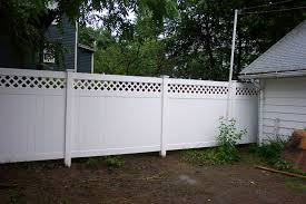 Vinyl lattice top privacy fence available in mix and match colors