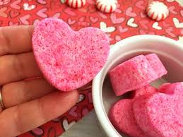 heart shaped bath s these cute diy heart shaped bath s would make