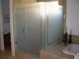pinstripe border shower