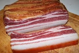 Imagini pentru sunca de porc afumata