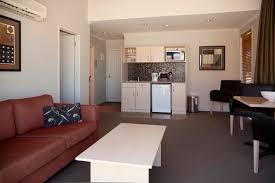 Lounge Bedroom Two Bedroom Family Suite Beechtree Motel Luxury Great Lake