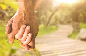 Older Adults Embrace \u0027Living Apart Together\u0027