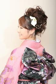 結婚式の髪型和装お呼ばれヘアスタイル45選と着物の髪飾り Wedding