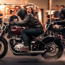 pics triumph bonneville bobber to launch on 29 march here are 6