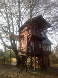 Modern Tree Houses When I Am Among The Trees Treehouses In The Kzn Midlands