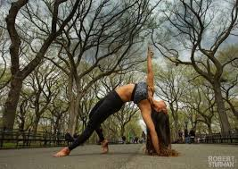 laura kasperzak founder of two fit moms showed strength and grace in this challenging backbend