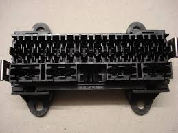 surface mount way automotive bottom entry fuse box surface mount 16 way bottom entry fuse box
