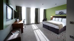 Holiday Inn Bristol City Centre, UK - Booking.com