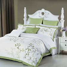image of duvet cover green and white
